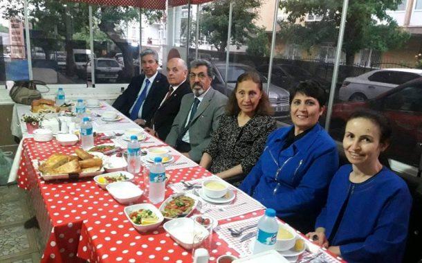 Şubemizin Yönetim Kurulu Üyeleri için Düzenlediği İftar Yemeği, Disiplin Kurulu Başkanımız Av.Alim AKBAY Sponsorluğunda 01.06.2018 Cuma Günü gerçekleştirilmiştir.
