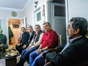 17.11.2018'de değerli üyelerimiz Özdal ÇETİNKAYA ve Naim ÇETİNKAYA'nın Annelerinin vefatı nedeniyle Özdal ÇETİNKAYA'nın evine Yönetim olarak taziye ziyaretinde bulunuldu.