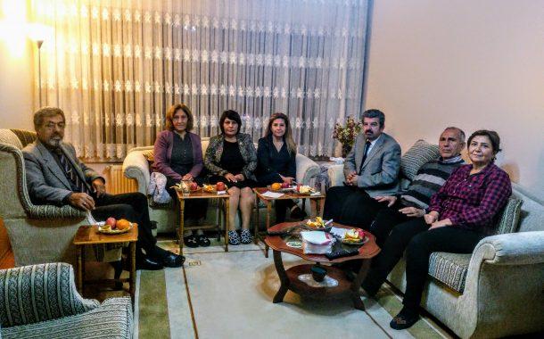 22.11.2018'de Kurucu Muhasibimiz ve üyemiz Ferudun AYDIN'a Annesinin Vefatı nedeniyle taziye ziyaretinde bulunuldu.