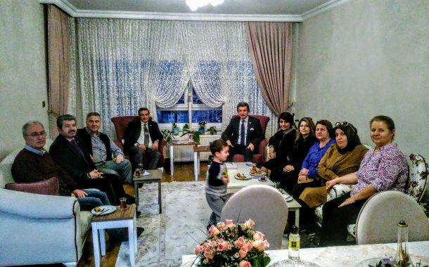 25.03.2019'da Annesinin Vefatı Nedeniyle Üyemiz Em.Kd.Bçvş. Mehmet Fahri ÖZ'ün Evine Yönetim Olarak Taziye Ziyaretinde Bulunduk.